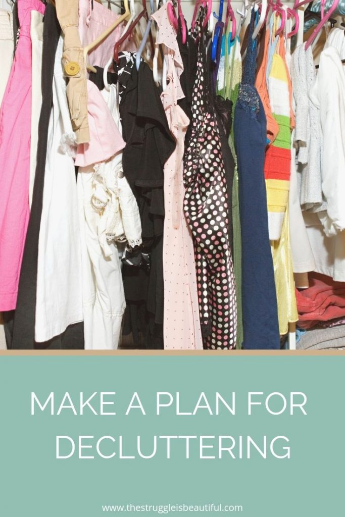 Don't know where to start decluttering? Use this guide to make a plan for decluttering.